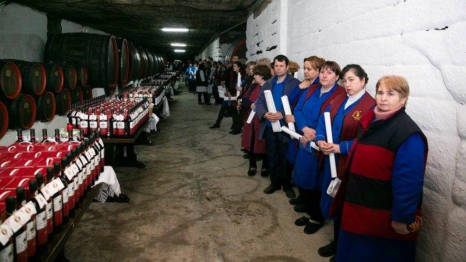 Angajatii de la Cricova au asistat la slujba