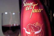 Sânge de Taur, cel mai bine vândut vin roșu dulce în România, a fost preluat de ZAREA